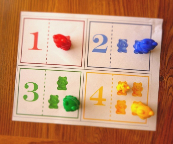 A Mom Knows Mess Counting Bears